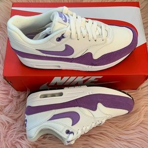 New Nike Women's Air Max 1 Sneakers